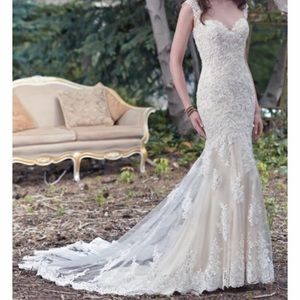Maggie sottero lace sheath mermaid wedding dress